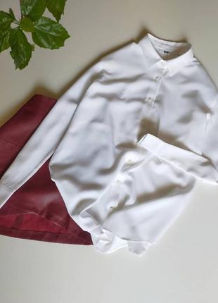 Рубашка uniqlo размер указан м, маломерит на с