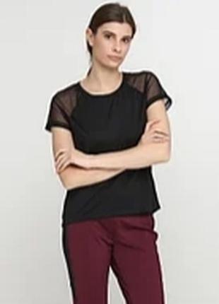 Стильная спортивная футболка с сеткой crivit