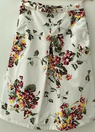 Хлопковая юбка брендовая в цветы с карманами поясом
