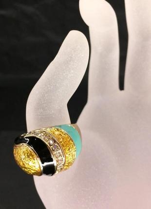 Перстень со стразами