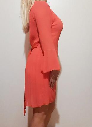 Коралловое короткое итальянское платье на не высокий рост