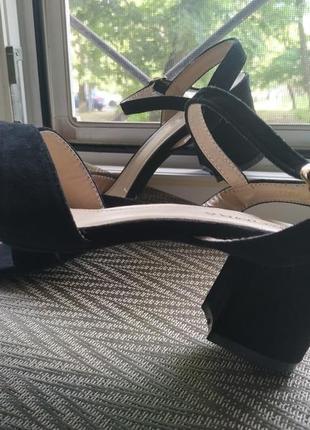 Босоножки туфли сандали на каблуке маленьаий низкий каблук