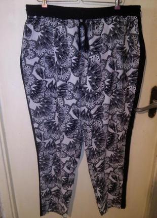 Шикарные,стрейч,брюки с лампасами и карманами,на резинке,большого размера,msmode
