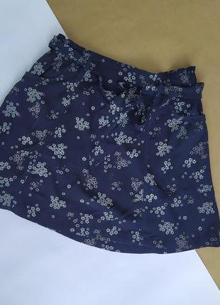 Милая вискозная юбочка с карманами и пояском