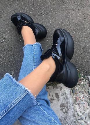 Чёрные кроссовки на платформе натуральная кожа. кросовки крутые осень
