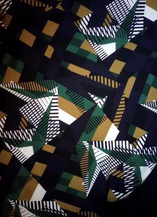 Блуза в геометрический принт, размер 16