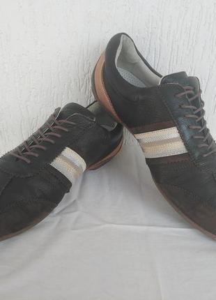 Брендовие туфли кожанные blackstone р.42