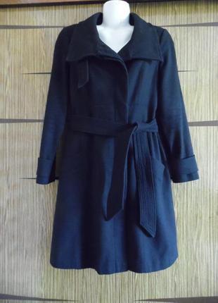 Пальто деми, next размер 16– идет на 50-52.
