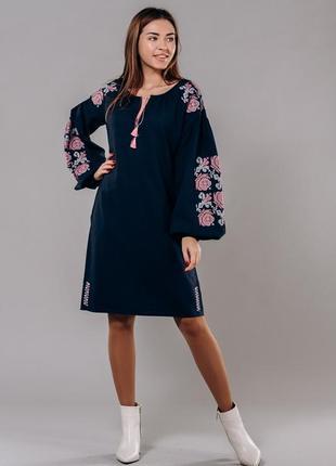 Платье-вышиванкас цветами крестиком