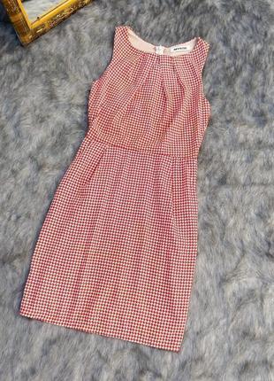 Платье футляр в принт гусиная лапка