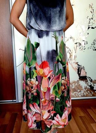 Красивейшее шифоновое платье с цветочным принтом