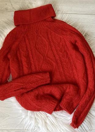 Шикарный, тёплый свитер с горловиной
