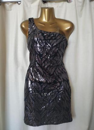 Шикарное вечернее платье на одно плечо