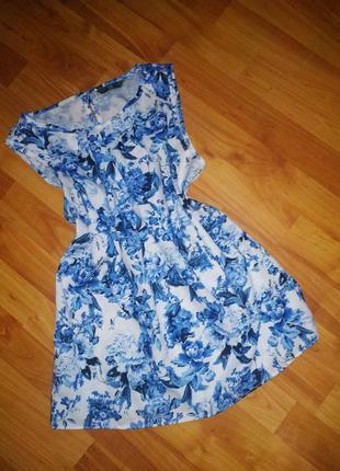 Легка блуза з квітами