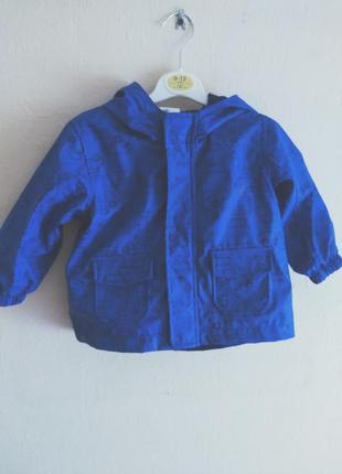 Непромокаемая курточка