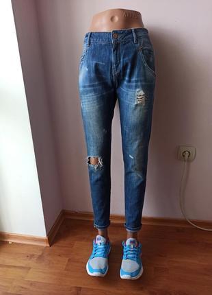 Бойфренды джинсы зара