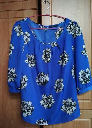 Синяя блуза в принт