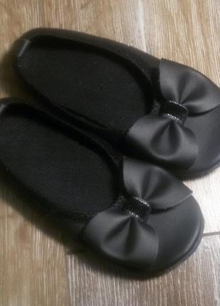 Чешки кожаные для девочки от производителя все размеры