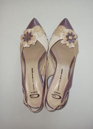 Итальянские туфли босоножки на низком каблуке натуральная кожа