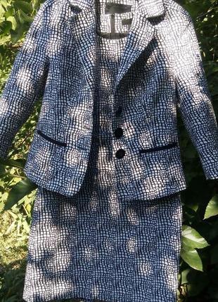 Платье и пиджак next