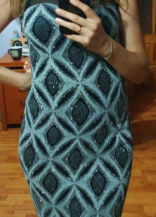 Ефектне блискуче плаття