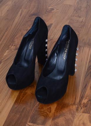 Туфлі rinascimento