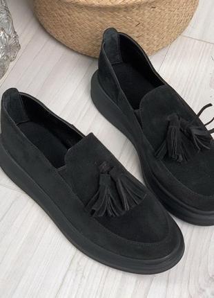 Туфли-лоферы с кисточками 4883
