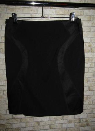 Черная юбка р-р 12-38 сост новой от amaranto