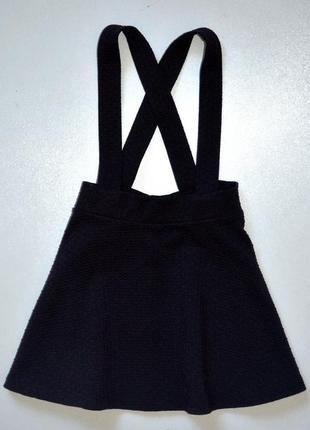 George. угольно черная юбка на бретелях. 4-5 лет. рост 104-110 см