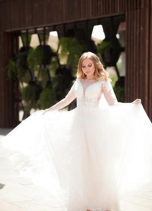 Продам шикарное свадебное платье !!!!