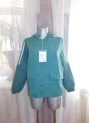 Куртка зеленая, бомер, ветровка