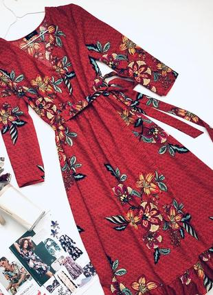 Платье миди в цветы