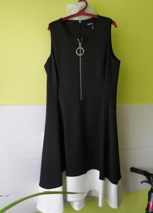 Черное платье с молнией от dkny
