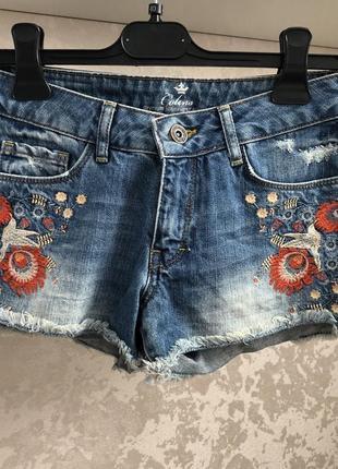 Распродажа, шорты