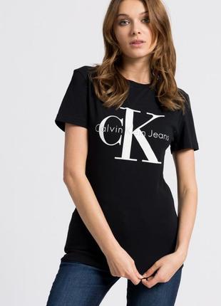Оригинальная футболка calvin klein