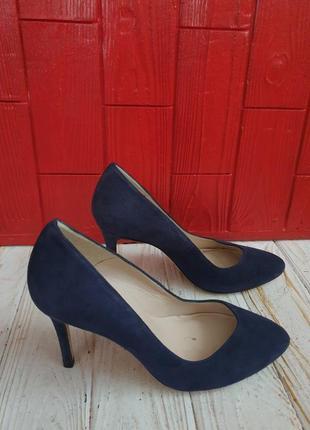 Шикарные туфли из натуральной замши