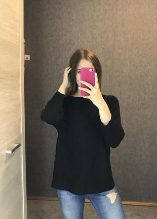 Черный свитер универсальный свободный в рубчик шерстяной