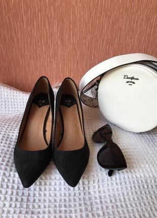 Туфли классические лодочки h&m замш