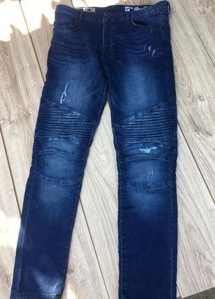 Стильные актуальные джинсы штаны брюки тренд levi's lee cooper h&m denim