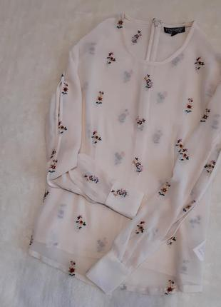 Новая блуза цвет пудры с вышитыми цветами красивый длинный рукав размер 6-8 topshop
