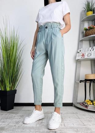 Новые брюки чиносы высокая посадка bershka