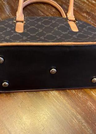 Симпатичная сумочка tony perotti