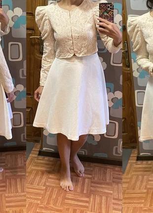 Новая юбка длины миди top secret фактурная ткань
