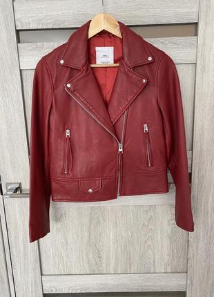 Новая красная кожаная косуха куртка от mango размер s (36)