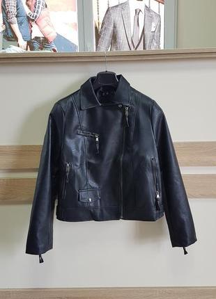 Куртка женская м-l новая