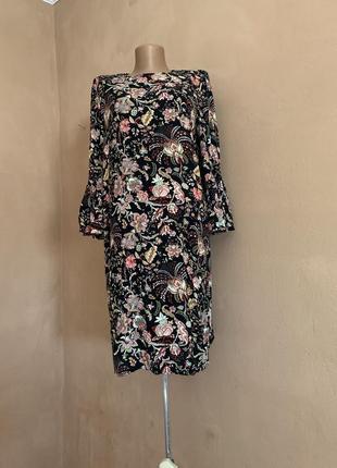 Стильное чёрное платье цветочный абстрактный принт рукав клёш фонарик
