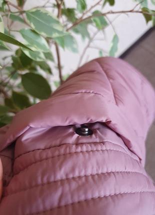 Легкая, нежная , стильная стеганная куртка, курточка с капюшоном tu, новая