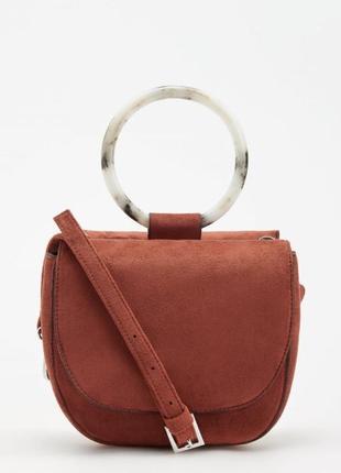 Яркая сумочка от reserved