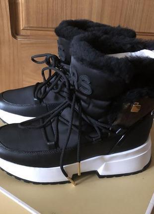 Кожаные ботинки сапоги сапожки дутики michael kors cassia black leather