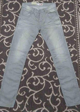 Фирменные новые мужские джинсы driver